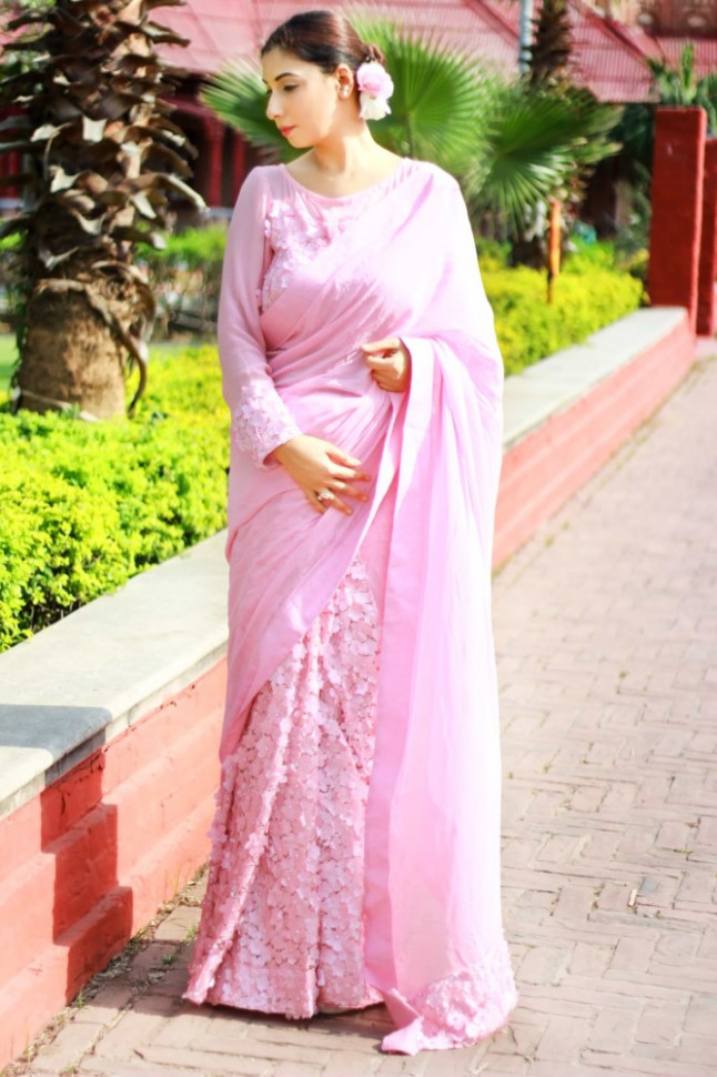 Indian wedding sarees online shopping store gives a pink