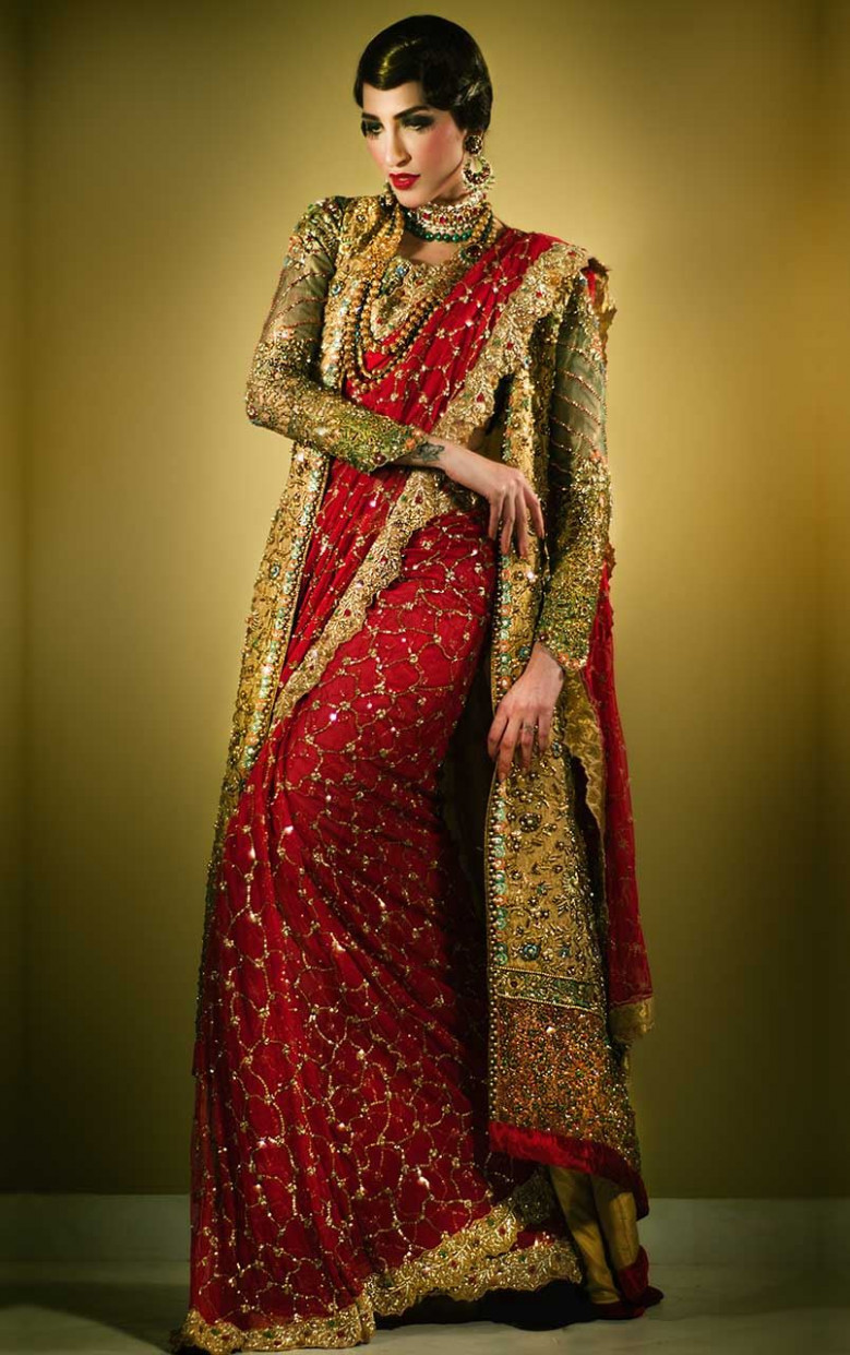 Latest Pakistani Designer Saree Designs 2020 For Women