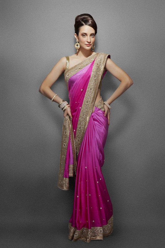 Latest styles of wearing sarees - latest saree draping