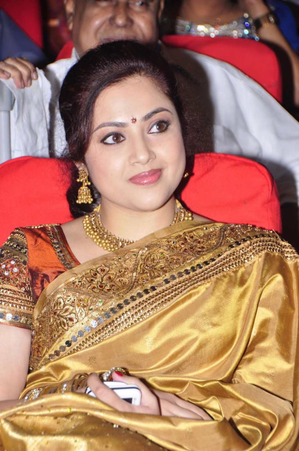MEENA IN SILK SAREE AN EVENT PICTURESS GALLERY - Hot