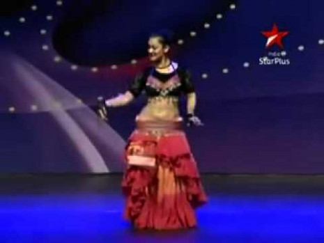 Meher Malik Indian Belly Dancer - YouTube