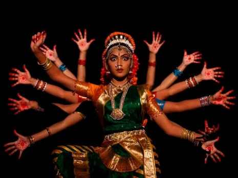Most Famous Traditional Folk Dances of Indian States - YouTube
