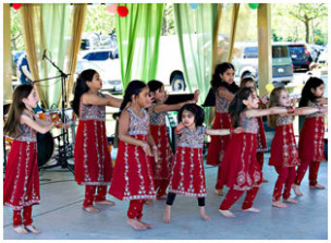 Nachle - Nalini's Bollywood Dance group
