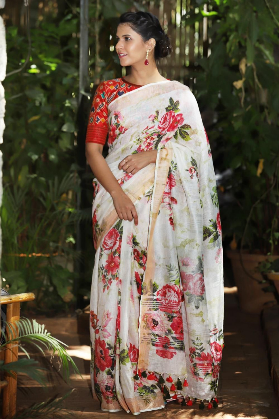 Off white linen saree with floral digital print and tissue