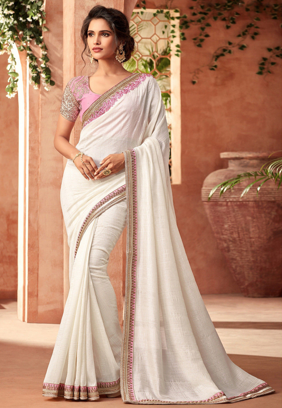 Plain Chiffon Saree in Off White : SYC7952