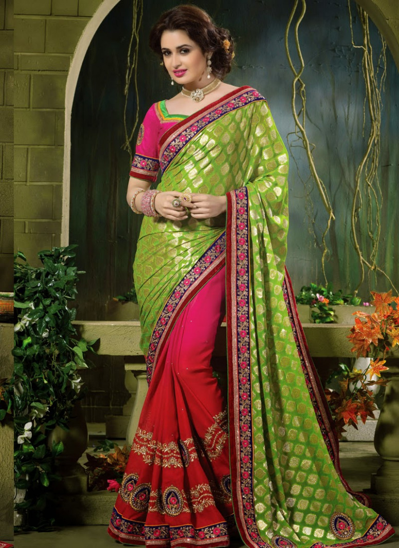 Posted on 03:51 by Indiansarees Store