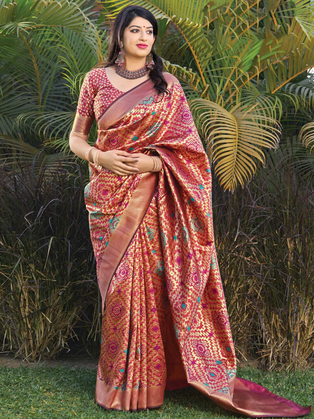 Pretty peach wedding banarasi silk saree - G3-WSA39506