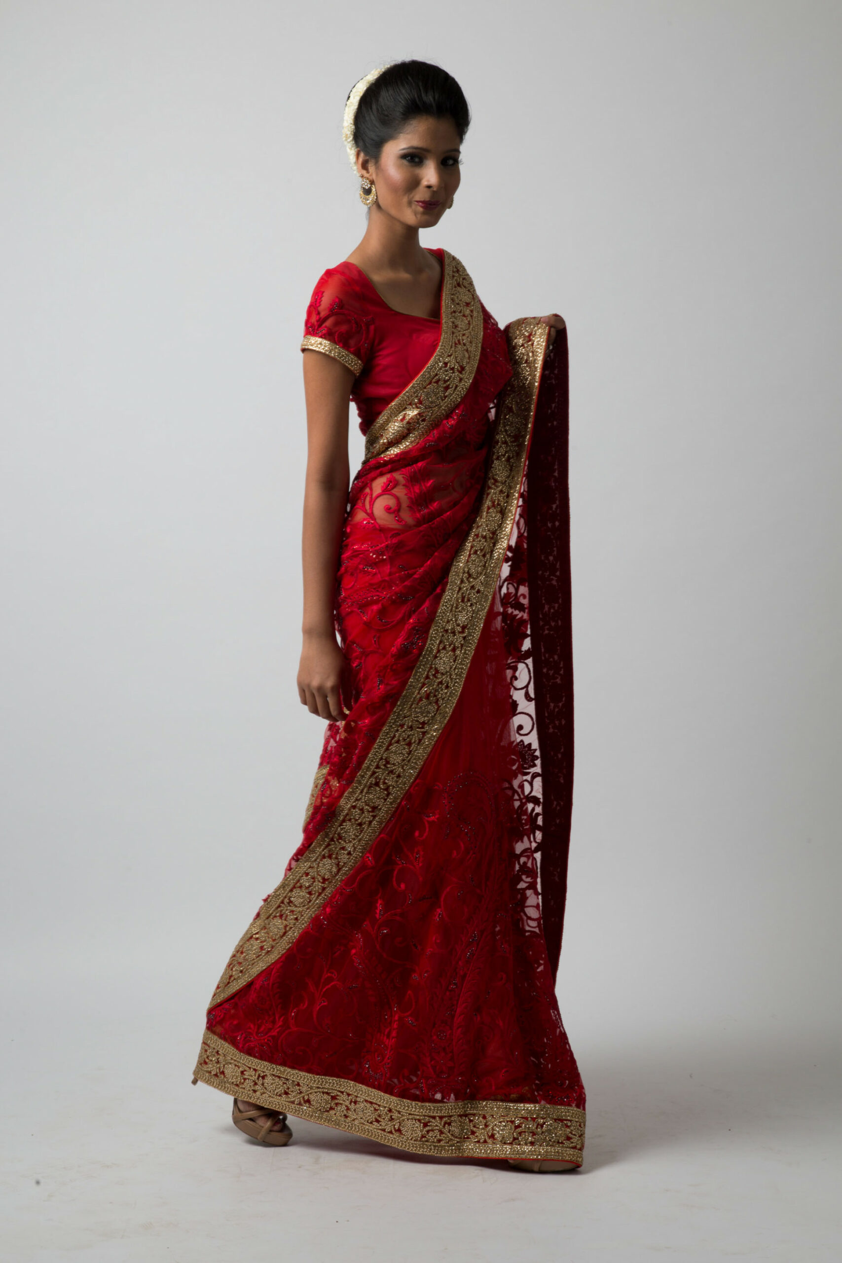 Rent Bridal Saree in India