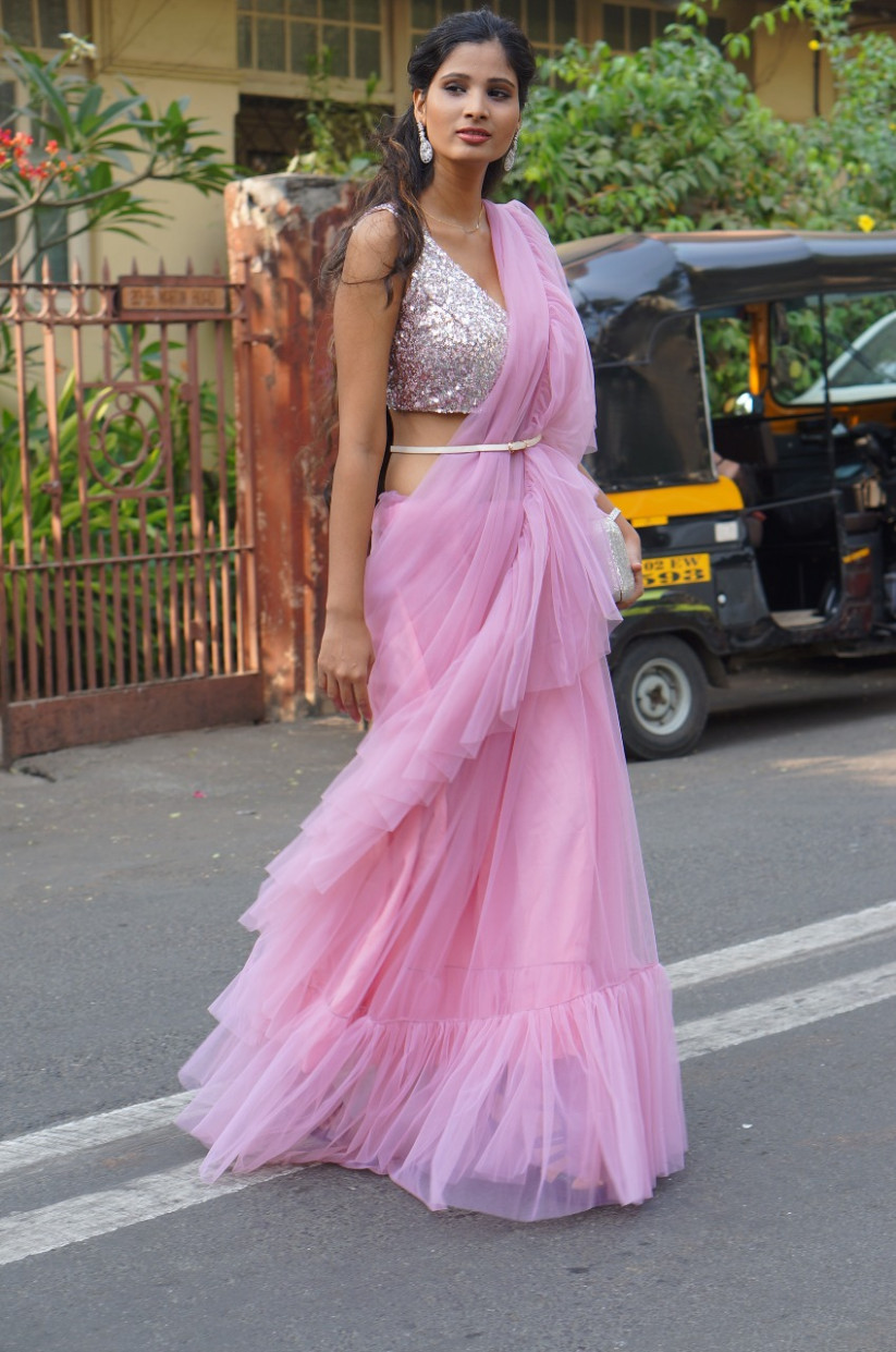 Rent Frill Saree's Online in India!