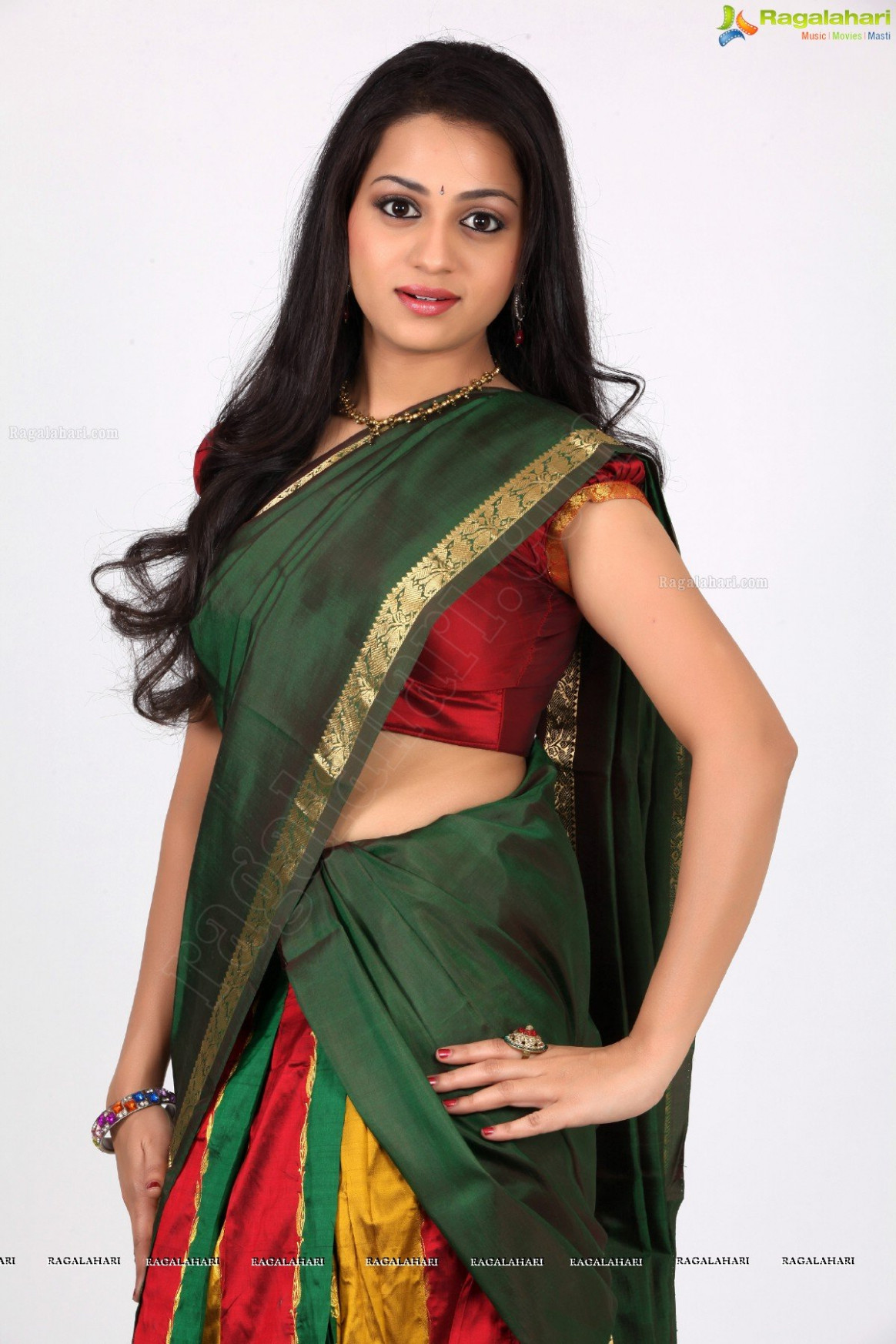 Reshma Rathore (Exclusive) Image -in-half-saree-ragalahari