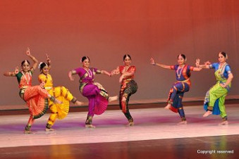 Review - Indian dances shine at World on Stage - The 2010