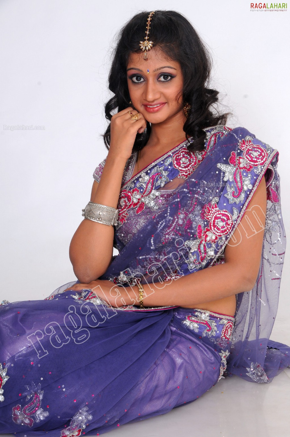 Saree Navel Pics Ragalahari « Actress Gossip