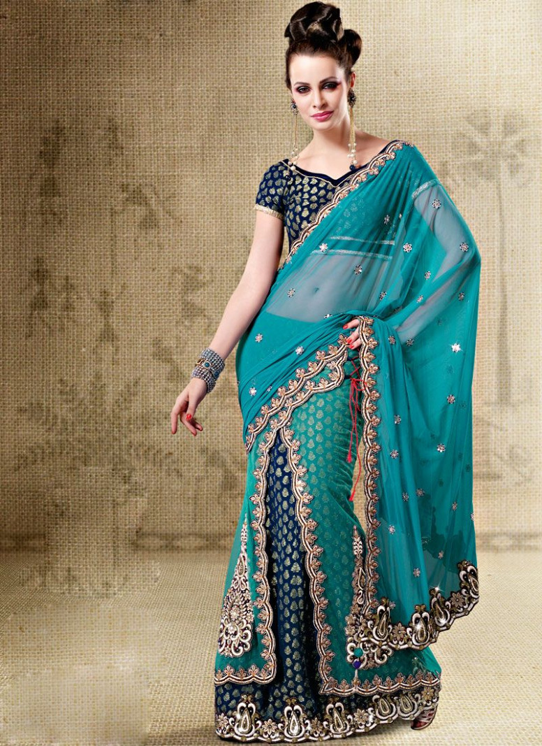 Scalloped Turquoise Border Ready Pleated Saree