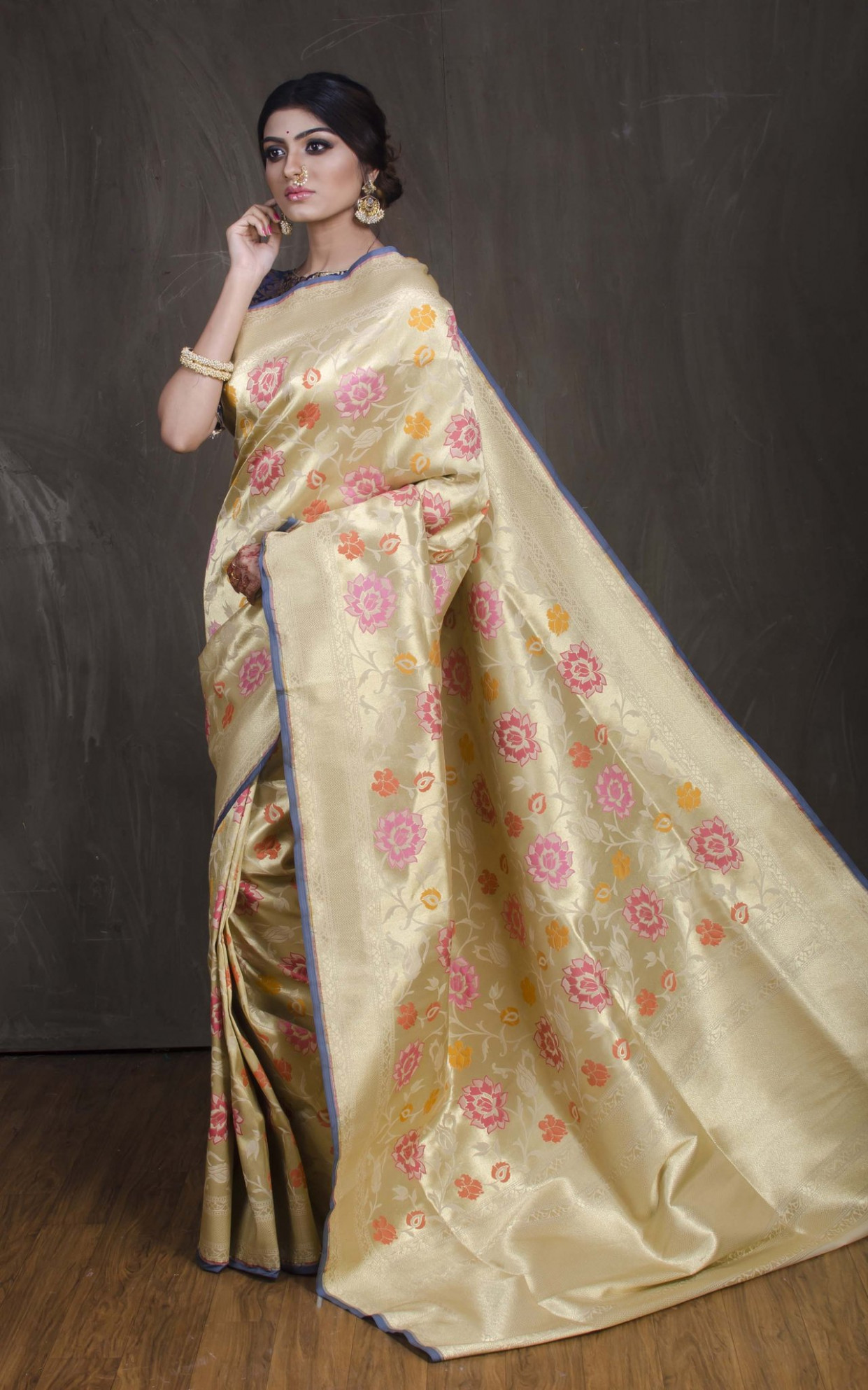 Semi Katan Silk Jaal Work Banarasi Saree in Cream and Gold