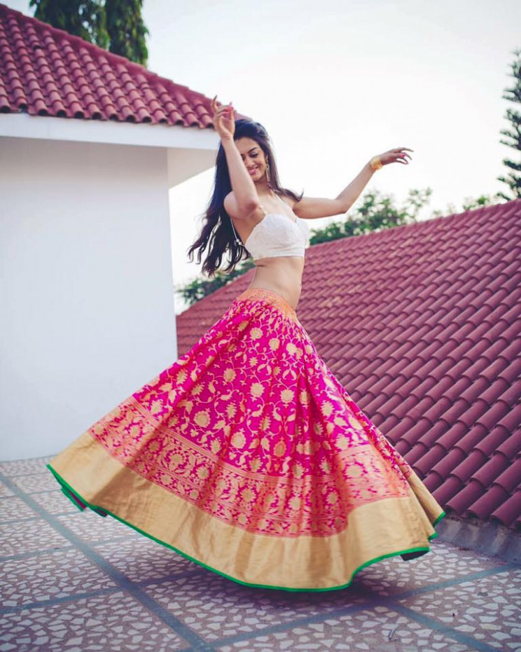 Shopzters  5 Ways To Re-use Your Old Silk Saree
