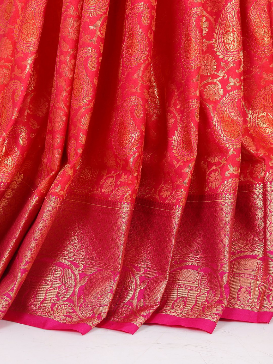 South silk fabric saree in magenta color - G3-WSA23926