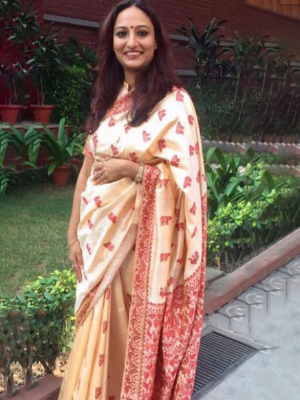 These Real Women In Handloom Sarees Will Give You Wardrobe