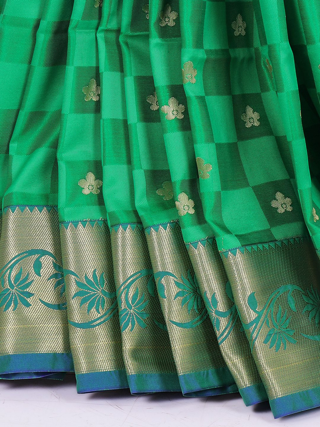 Wedding silk fabric saree in green color - G3-WSA24676
