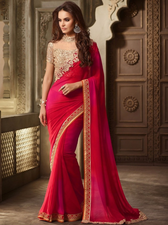 What blouse can I wear with a red plain saree? - Quora