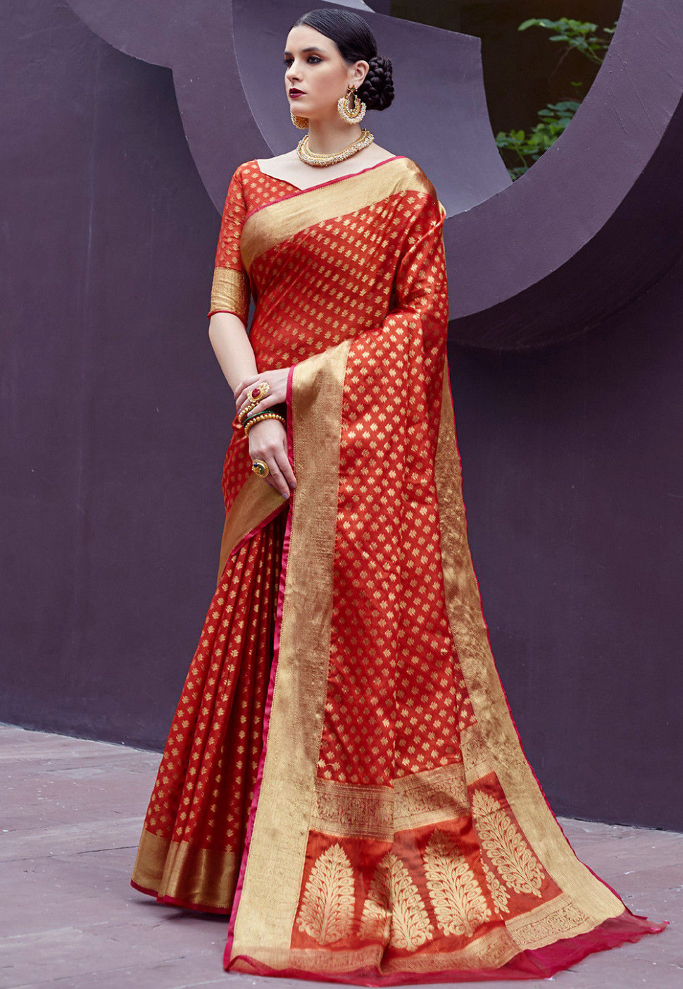 Woven Art Tissue Silk Saree in Red : SYC8104