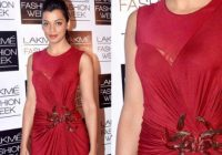 10 Shocking Wardrobe Malfunctions of Bollywood Actresses ..
