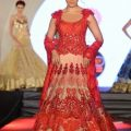 12 Styles to drape Dupatta on your Wedding – LooksGud