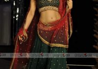 Ameesha Patel Ramp Walk India Bridal Week – 7 Pics – indian bridal ramp walk