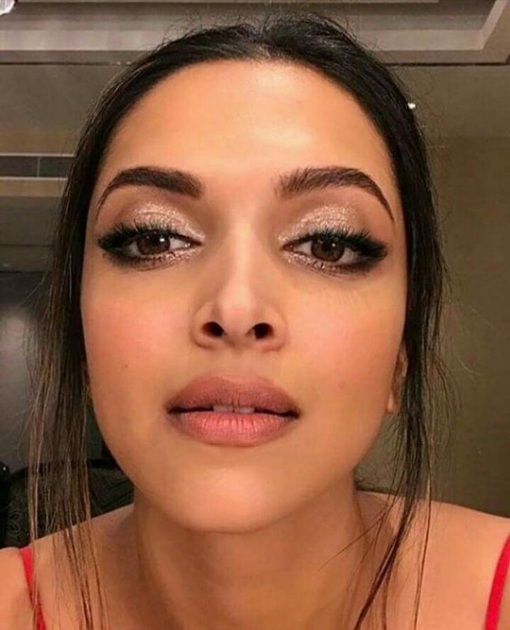 Permalink to Five Things You Need To Know About Indian Bollywood Makeup Today