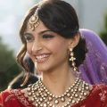 Best bridal outfits to steal from Bollywood- Bridal ..