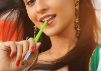 Bollywood Actress For Mobile Wallpaper Widescreen #ZmC ..