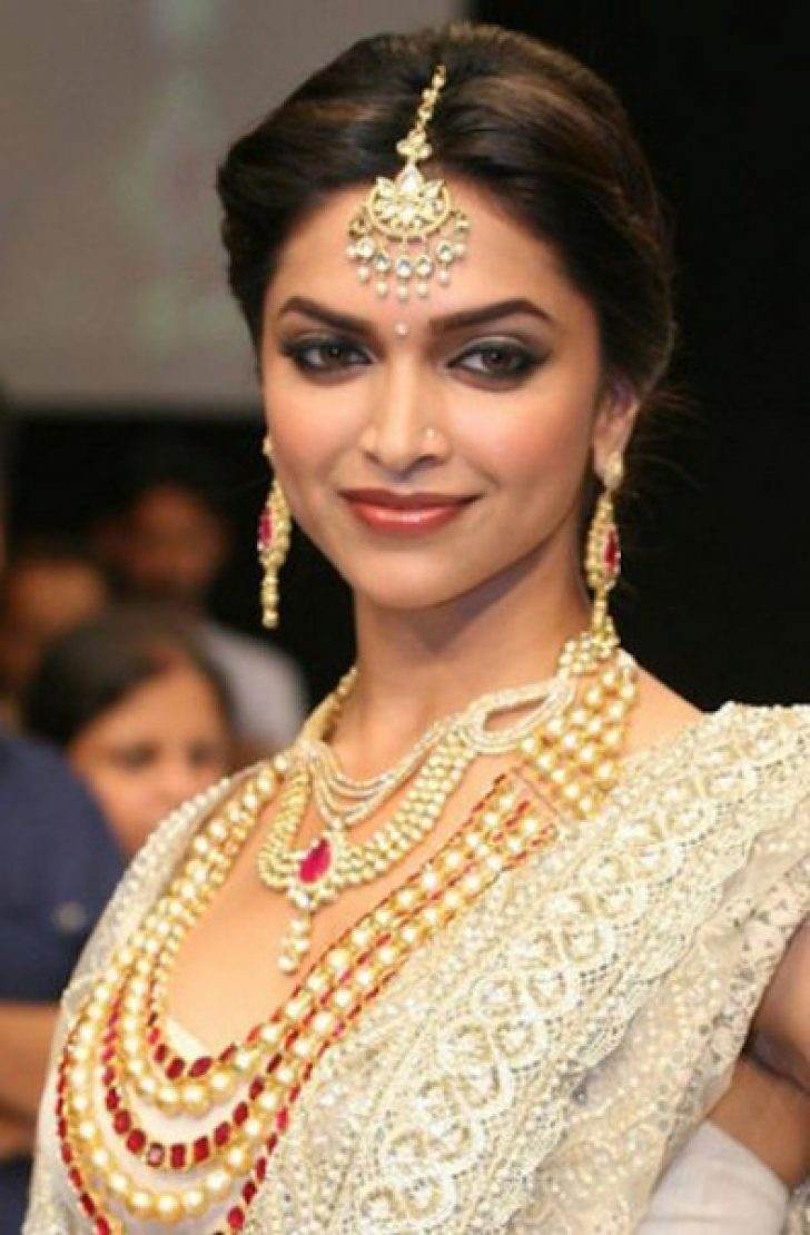Permalink to Bollywood Actress Bridal Makeup