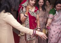 File:Bride entering the hall – Indian Hindu Wedding