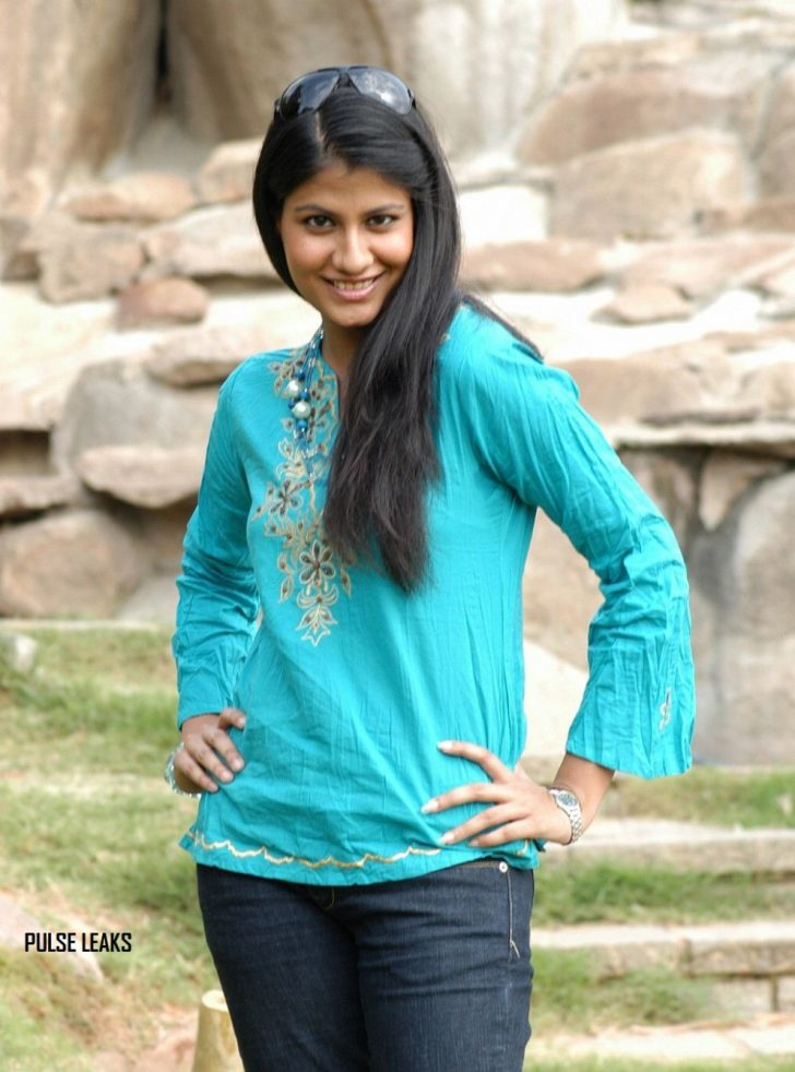 Permalink to Tollywood Actress In Jeans