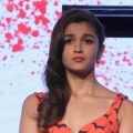 Hot alia bhatt bollywood sweet girl wallpapers and ..