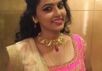 Indian bride wearing bridal lehenga and jewellery ..