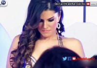 MAKEUP MAN gets to TOUCH Heroine Everywhere | Sunny Leone ..