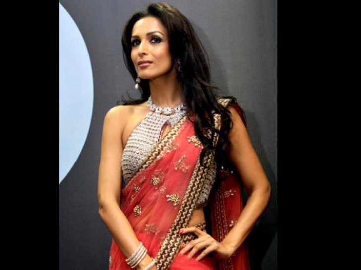 Permalink to Bollywood Actress In Red Saree