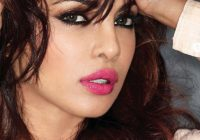 Priyanka Chopra, Priyanka Chopra makeup, hot pink lips ..