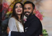 Sonam Kapoor and Anand Ahuja Bollywood wedding reception ..