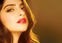 Sonam kapoor hot and romantic mood wallpapers and ..