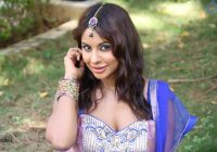 Sri Reddy to reveal names involved in Tollywood casting ..