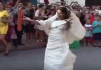 This Italian Bride's Dance On Bollywood Number Will Leave ..