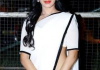 Tollywood Actress in White Saree – tollywood ringtones 2018