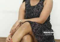 Tollywood Actress Sneha Showing Her Hot Thighs in Short ..