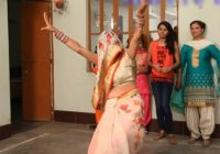 WATCH: This newly-wed bride in a ghunghat dancing is ..