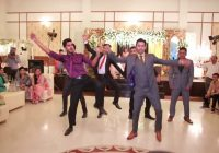 Wedding Dance Performance on SRK songs – Indian Bollywood ..