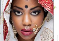 Young Indian Woman In Traditional Clothing With Bridal ..